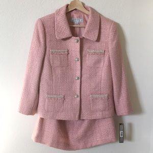 Tahari | pink tweed skirt suit set w/ bling pearl